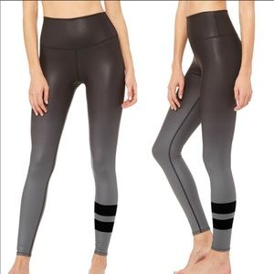 ALO High-Waist Airbrush Legging in Gradient Black